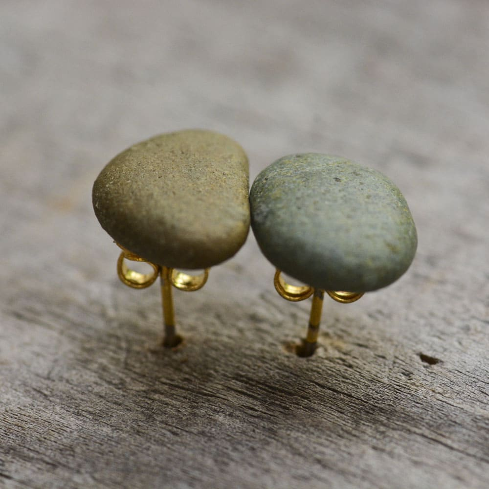 green tiny stone earrings