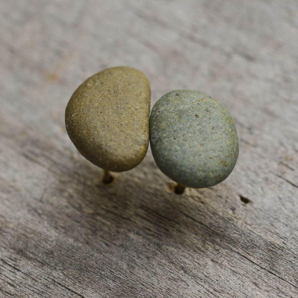 Green natural stone earring studs